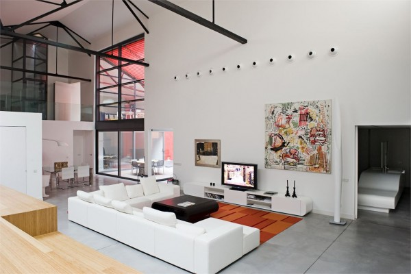 01-delightful-loft-renovation