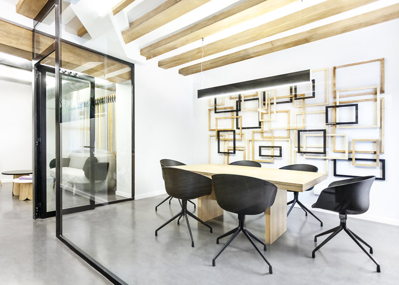 01-office-design-by-Masquespacio