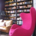 40-interiors-featuring-egg-chair-31