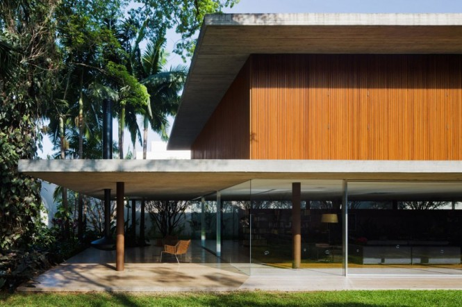 toblerone-house-in-brazil-08