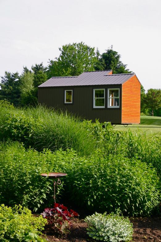 บ้านไม้หลังเล็ก