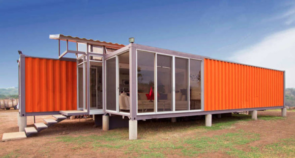 homes-made-from-shipping-containers-02