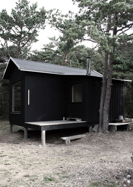 small-wooden-house-plans-04