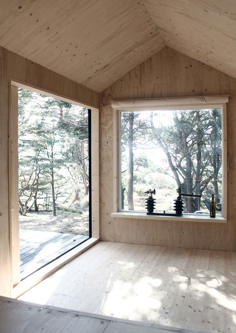 small-wooden-house-plans-07