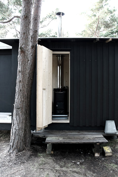 small-wooden-house-plans-10