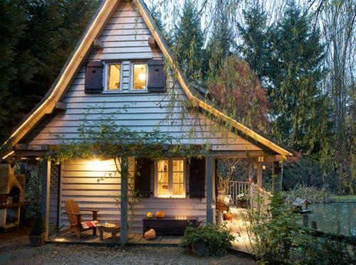 บ้านไม้หลังเล็ก ชั้นเดียวและชั้นครึ่ง