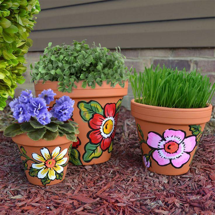 งาน DIY กระถางดอกไม้ เป็นงานศิลปะและตัวการ์ตูน