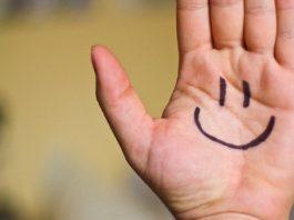 Smile Happy Hand