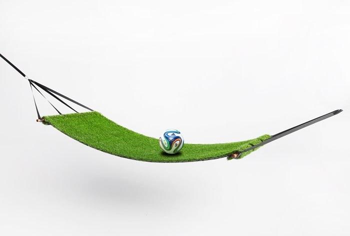 เปลญวน สำหรับนอนเชียร์ฟุตบอล