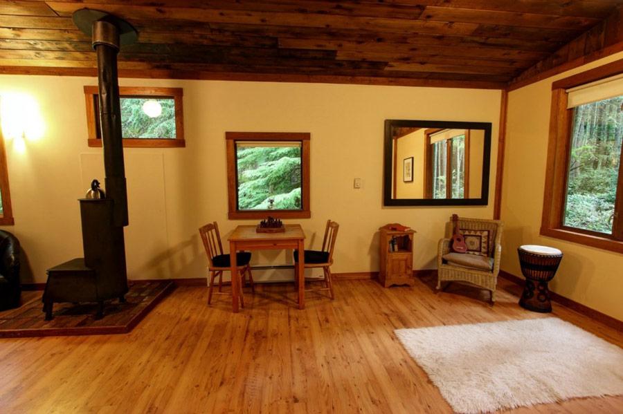 แบบบ้านไม้ยกพื้นต่ำ บ้านไม้หลังเล็ก บรรยากาศกลางป่า
