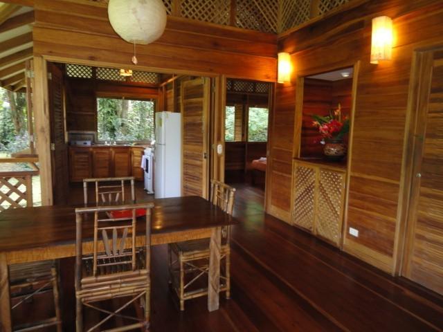 โต๊ะอาหาร บ้านไม้สไตล์รีสอร์ท