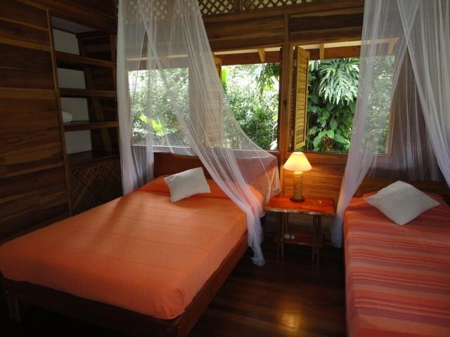 ห้องนอน บ้านไม้สไตล์รีสอร์ท