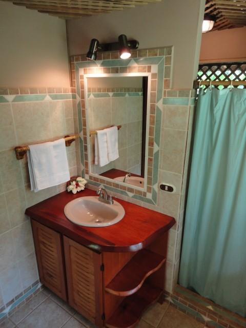 ห้องน้ำ บ้านไม้สไตล์รีสอร์ท
