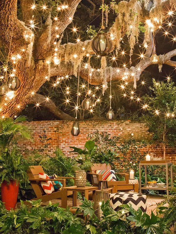 โคมไฟแขวนในสวน