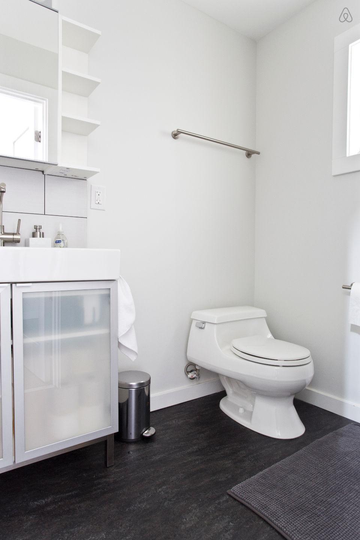 แบบห้องน้ำ บ้านไม้ชั้นครึ่ง