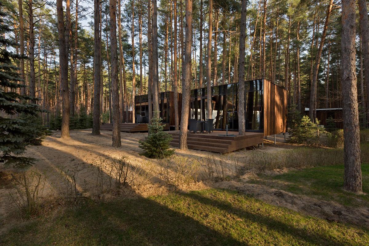 แบบบ้านไม้ยกพื้น ทรงกล่องสี่เหลี่ยม สไตล์โมเดิร์น