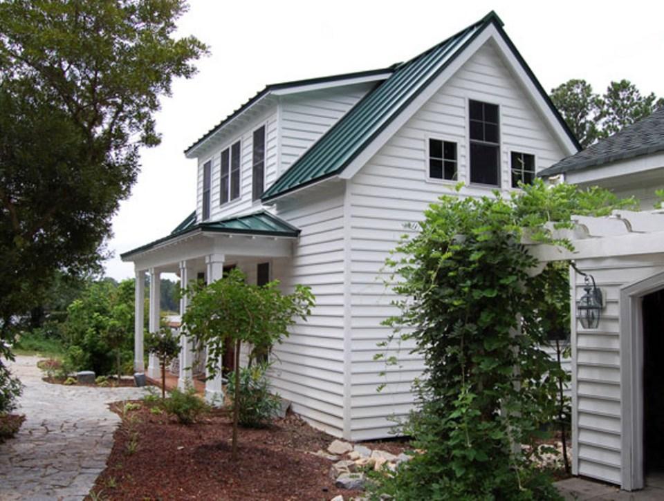 แบบบ้าน2ชั้น หลังเล็ก ผนังบ้านสีขาว