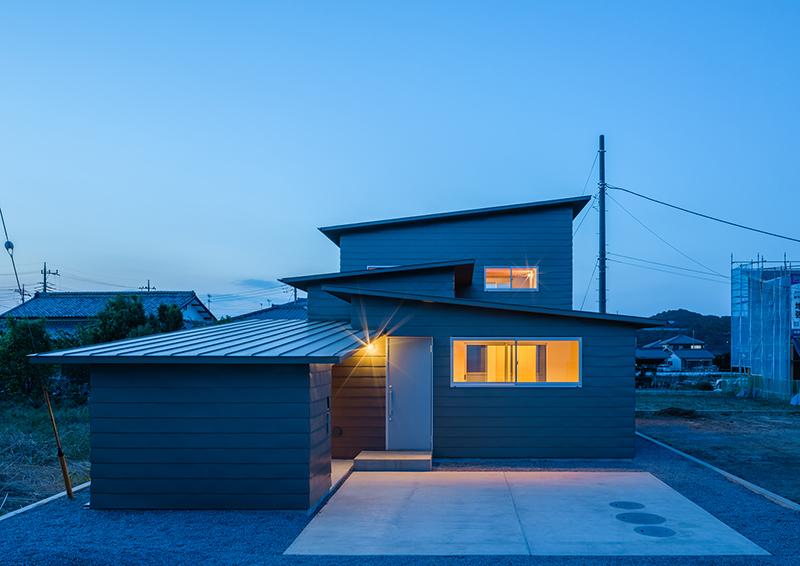 บ้านญี่ปุ่น 2 ชั้น สไตล์โมเดิร์น งานไม้สวยเนี๊ยบ