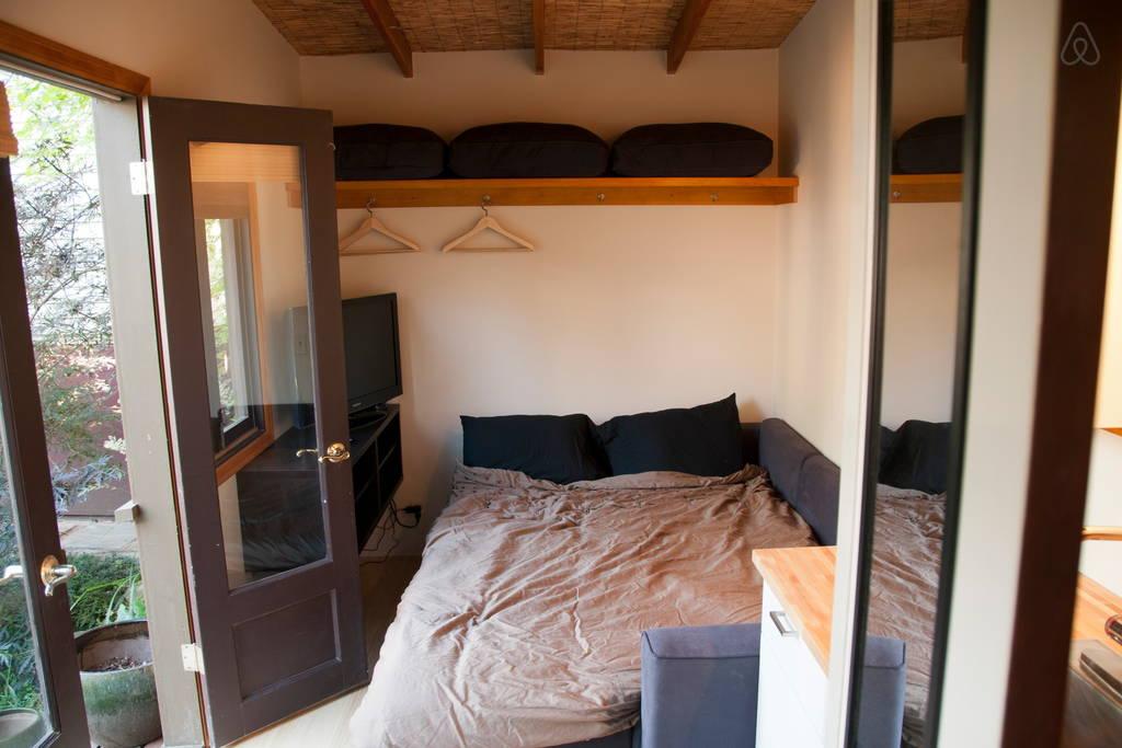 ไอเดียสร้างบ้านพักหลังเล็กๆ พร้อมจัดสวนสวยๆ