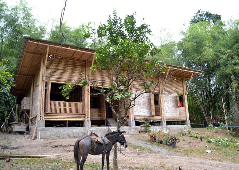 บ้านไม้ไผ่ ไอเดียสร้างบ้านต่างจังหวัด ใช้ชีวิตเรียบง่าย