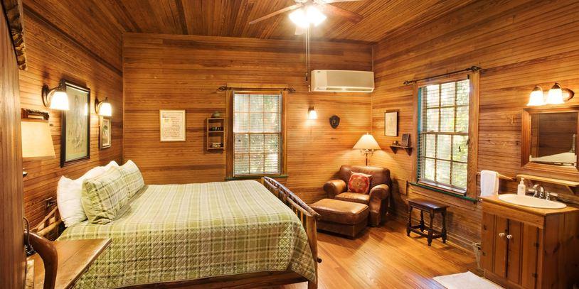 ไอเดียแต่งห้องพื้นที่เล็กๆ ในบ้านไม้กระท่อม สไตล์รัสติค