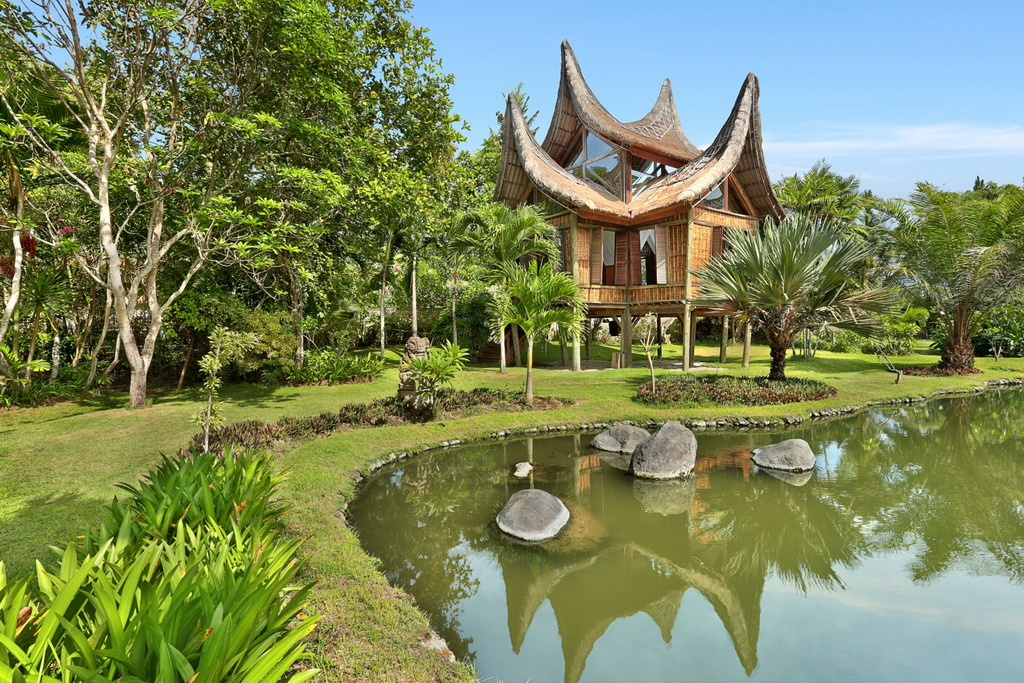 6 วิลล่าหรือบ้านพักตากอากาศ สไตล์บาหลี กับสวนสไตล์ทรอปิคอล