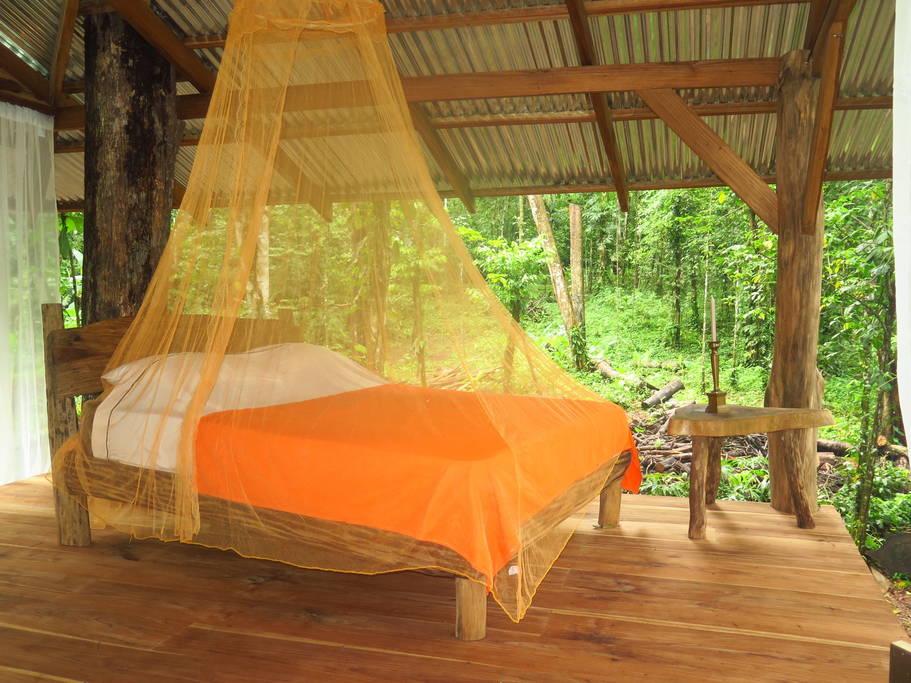 ไอเดียเปลี่ยนกระท่อมในสวน เป็นที่พักสุดประทับใจ สร้างประสบการณ์ใหม่แห่งการนอน