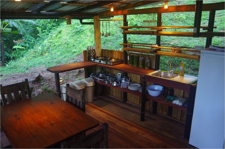 ไอเดียสร้างบ้านปูนกึ่งไม้ถูก ๆ อยู่ต่างจังหวัด ใช้งบหลักแสน