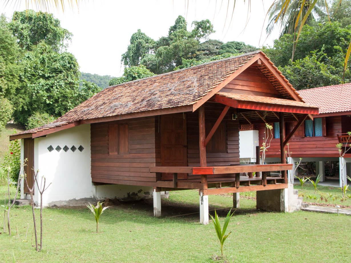 รวม 10 บ้านไม้รีสอร์ทยกพื้น สไตล์ไทยเรียบง่าย สำหรับเป็นไอเดียสร้างบ้าน รีสอร์ท หรือบังกะโล
