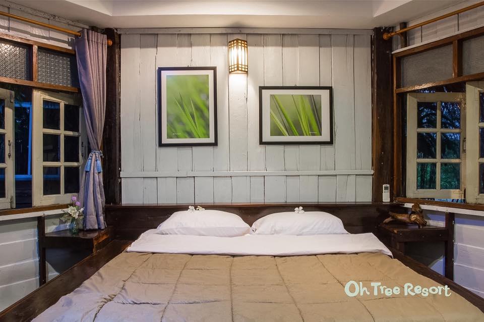 ห้องนอนบ้านไม้ยกพื้น
