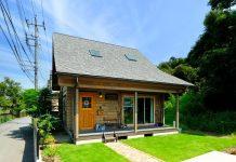 บ้านไม้หลักเล็ก สไตล์สแกนดิเนเวีย ใช้ไม้สนเป็นวัสดุหลักในการตกแต่ง